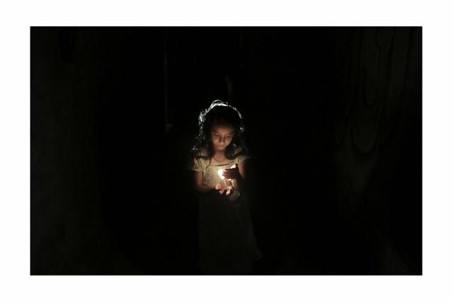 ali_nouraldin_power_cut_in_jabaliya_refugee_camp_01