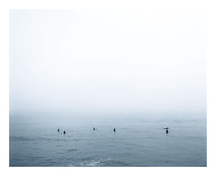 phillip-lachenmann-grey-study-surfer-motiv-06